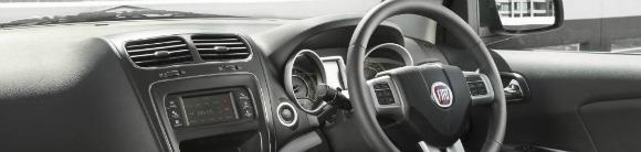 Fiat Freemont - dash - oblong
